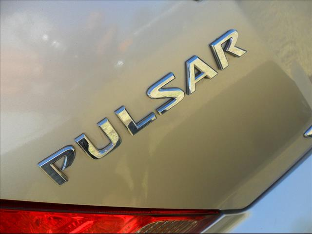 2005  NISSAN PULSAR ST N16 MY2004 SEDAN
