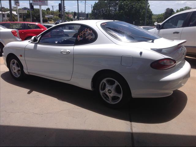 1996 HYUNDAI COUPE FX 2D COUPE