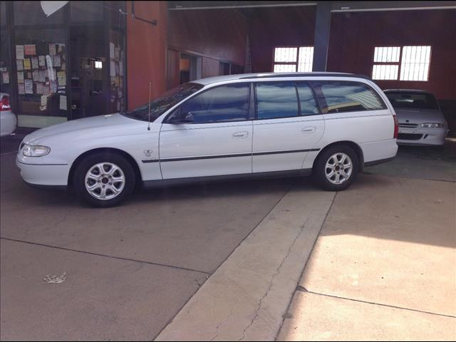 1998 HOLDEN COMMODORE EXECUTIVE VT 4D WAGON
