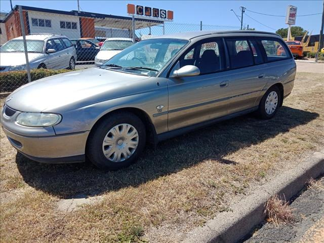 1999 HOLDEN COMMODORE ACCLAIM VT 4D WAGON