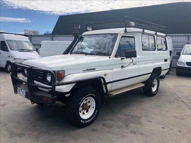 1991 TOYOTA LANDCRUISER (4x4) 11 SEAT HZJ75RV TROOPCARRIER