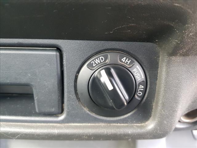 2011 NISSAN NAVARA RX (4x4) D40 C/CHAS