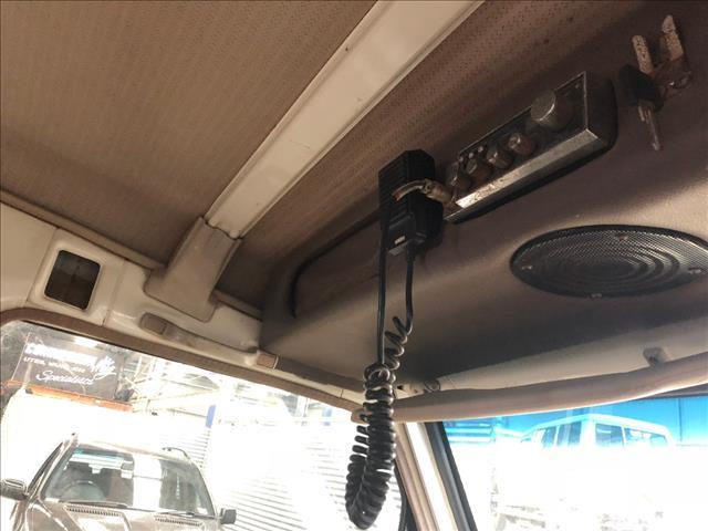 1995 TOYOTA LANDCRUISER (4x4) 11 SEAT HZJ75RV TROOPCARRIER