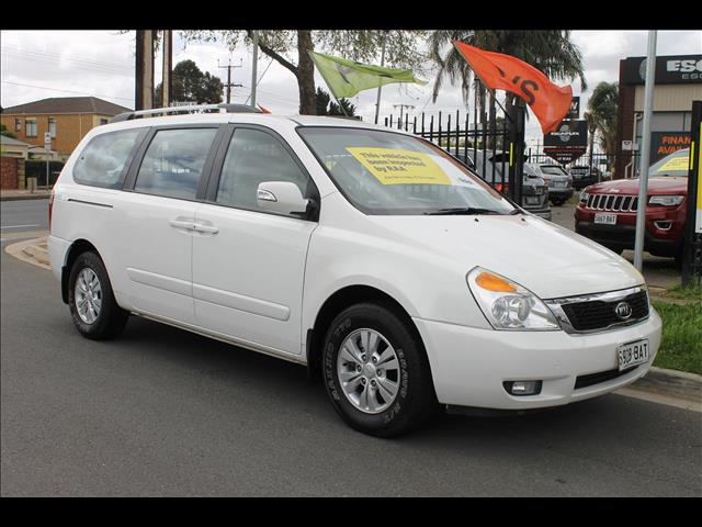 2012 KIA GRAND CARNIVAL S VQ MY12 4D WAGON