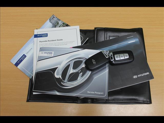 2011 HYUNDAI I45 PREMIUM YF MY11 4D SEDAN