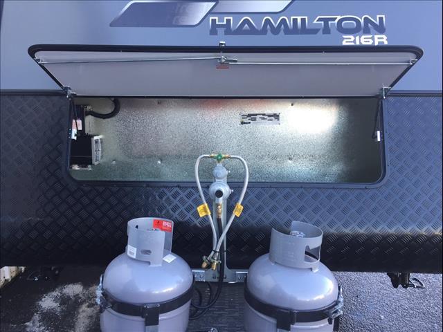 2019 Retreat Hamilton 216R