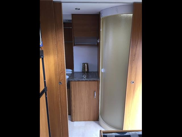 2010 USED 21.6'' JAYCO STERLING