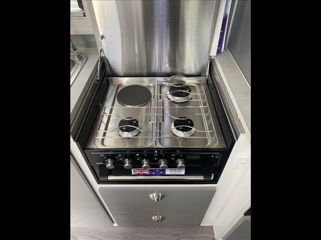 2019 Retreat Fraser 180C - MASSIVE STOCK RUNOUT SAVE OVER $7000 ON THIS FRASER 180C