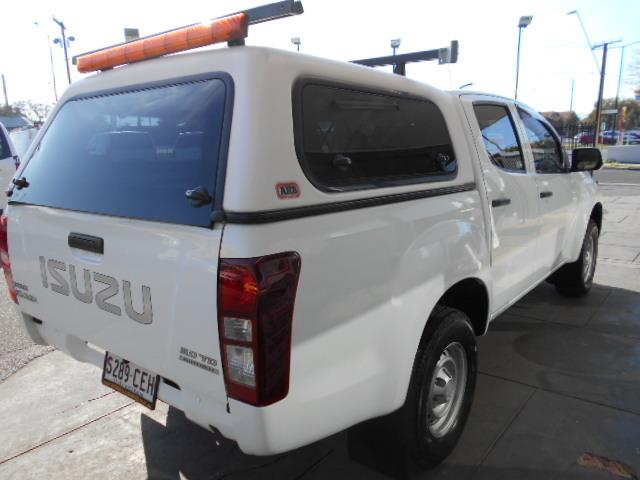 2015 ISUZU D-MAX SX 4X2 TF MY15 CREW CCHAS