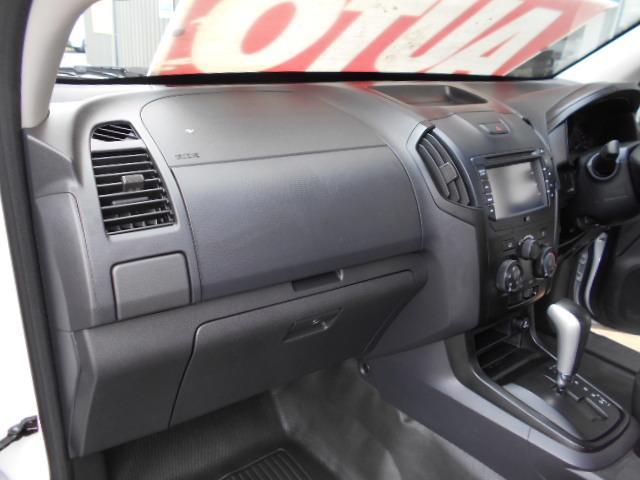 2017 ISUZU D-MAX SX HI-RIDE 4X2 TF MY17 CREW CAB UTILITY
