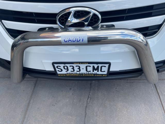 2017 HYUNDAI ILOAD 3S TWIN SWING TQ SERIES II TQ3 MY1 4D VAN