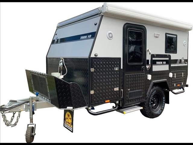"TRAX10 ""Silver Series"" Hybrid Caravan"