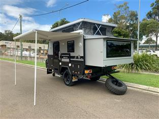 "TRAX10 ""Silver Series"" Extension 13ft JAWA Off-road Hybrid Caravan - Dinnette + Ensuite"