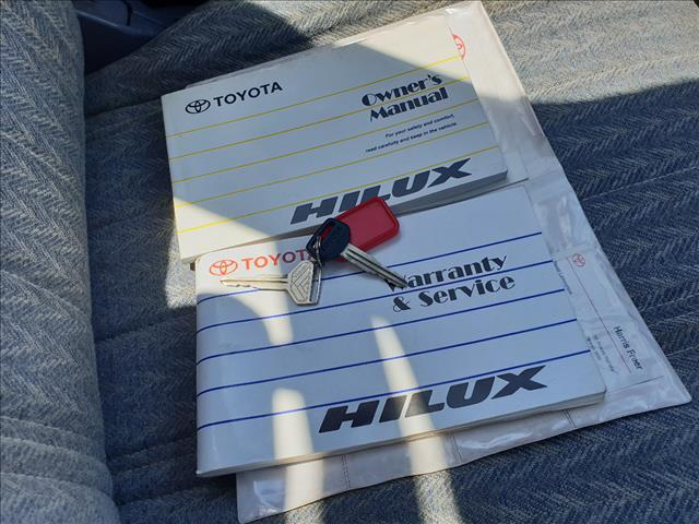 2001 TOYOTA HILUX (4x4) LN167R C/CHAS