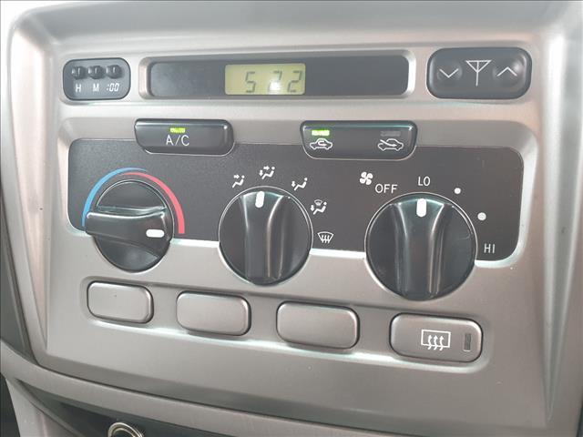 2003 TOYOTA LANDCRUISER GXL (4x4) UZJ100R 4D WAGON