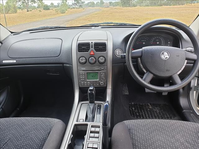 2006 HOLDEN ADVENTRA CX6 VZ 4D WAGON