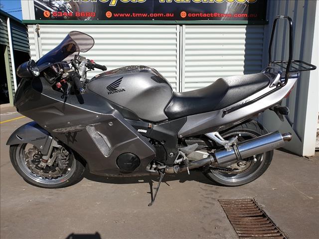 2006 HONDA CBR1100XX (SUPER BLACKBIRD) 1100CC 6 SPORTS