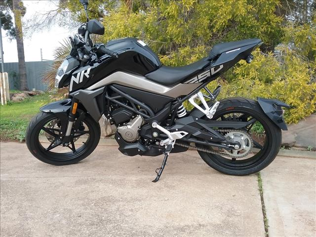 2019 CF MOTO 250 NK 250CC ROAD